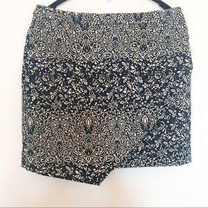 H&M Floral Embossed Skirt-Navy/White